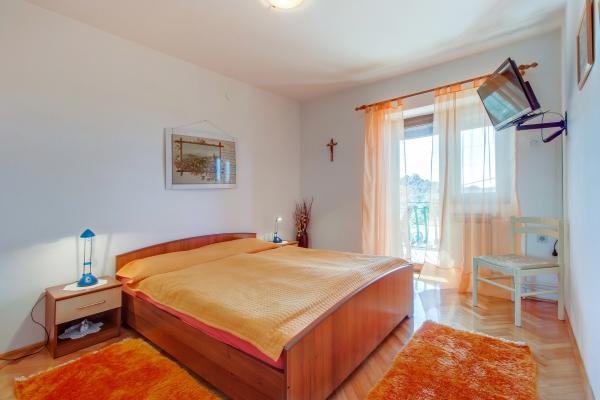 apartments-wilma03BEA60D9A-3213-4AF9-ADF0-0F25FE4F2DF4.jpg